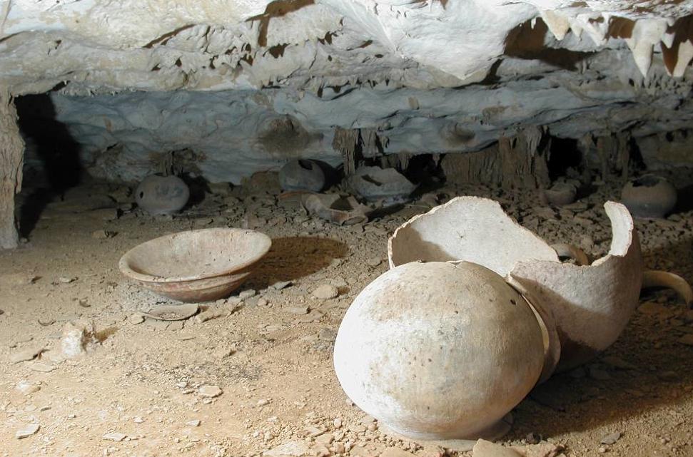 Ben Thomas - cave ceramics